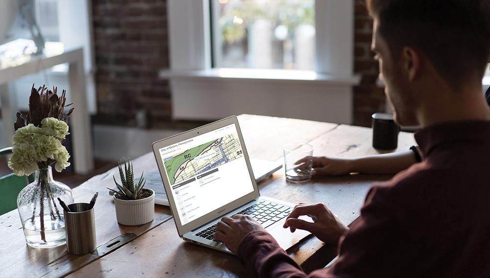 MapLink_laptop_screen_smallbusiness